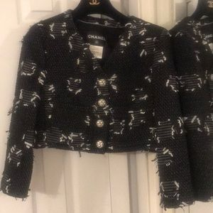Chanel tweed cropped jacket